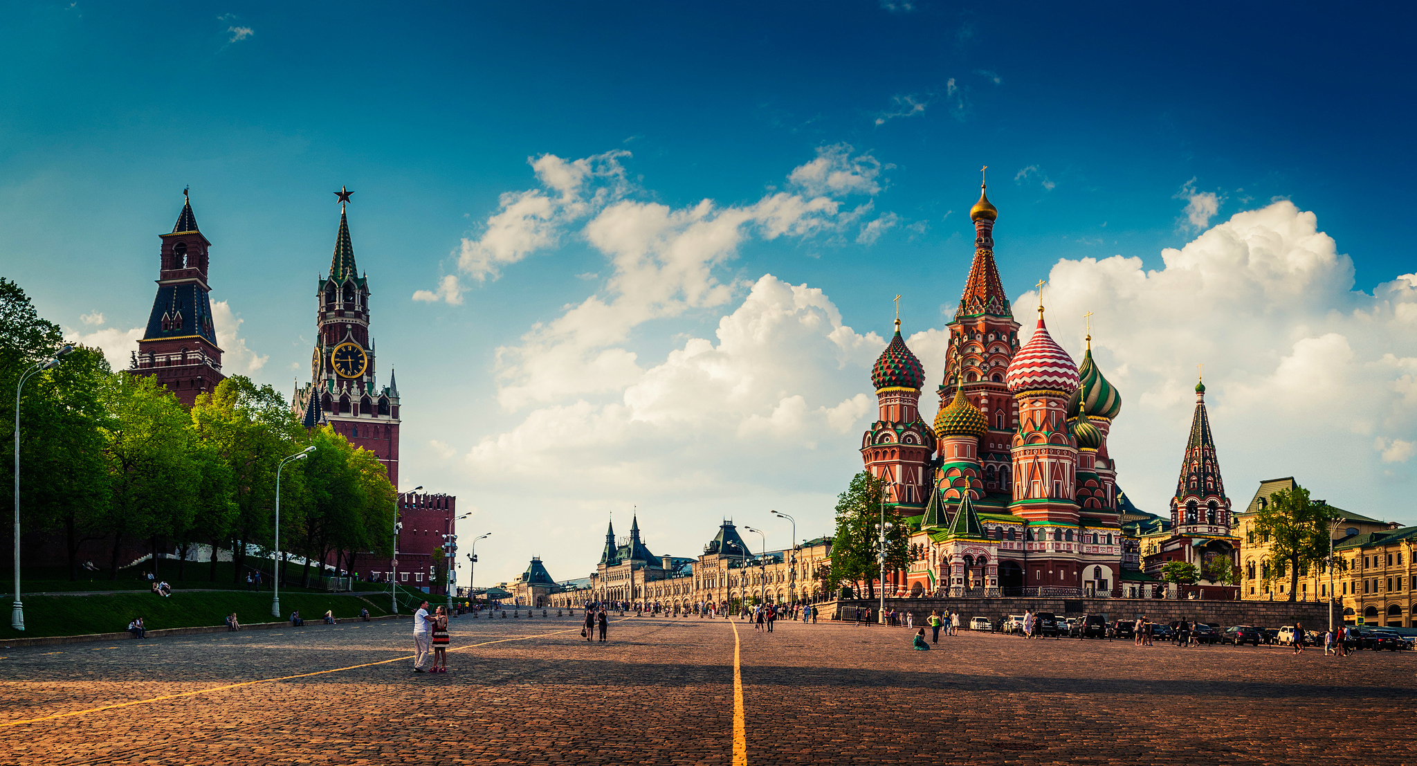 Росія все більше втягується в воронку